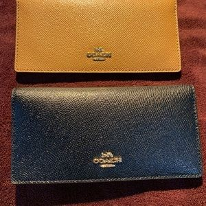 Coach wallet with cards and pen holder